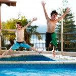 25+ Swimming Pool and Water Games