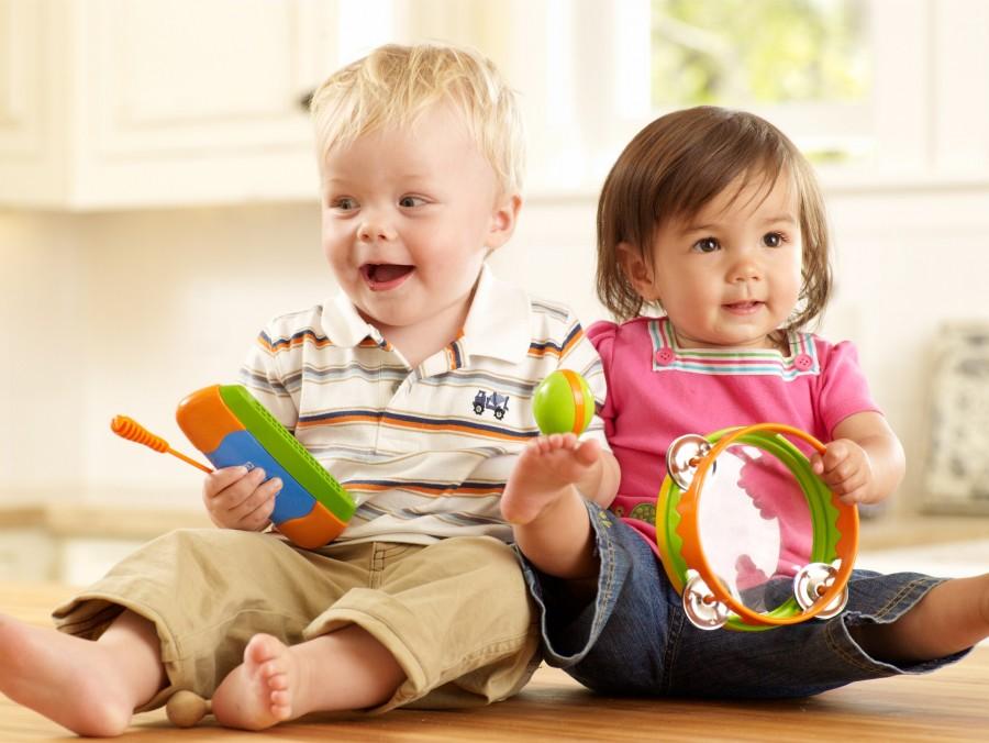 Best Activities for Toddlers (Sensory, Indoor, Outdoor + MORE)
