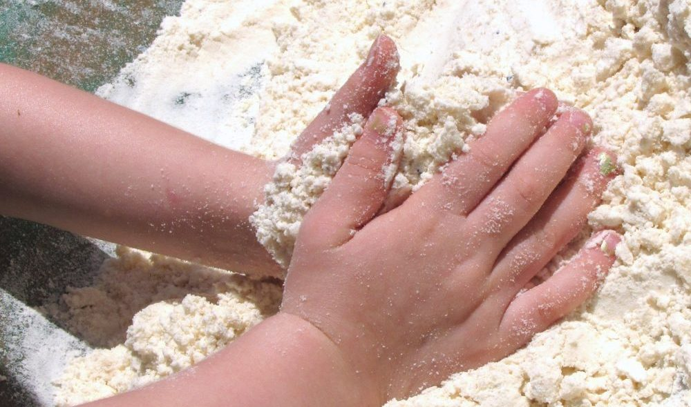 Using Flour and Baby Oil