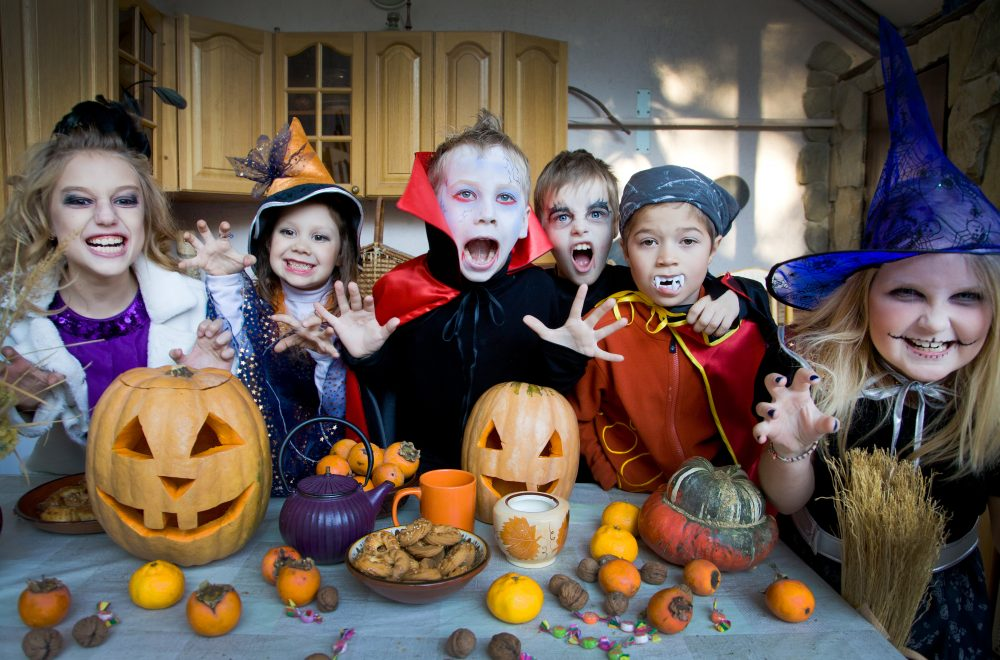 19 funny halloween games for kids play indoor or outside - Halloween Outside Games