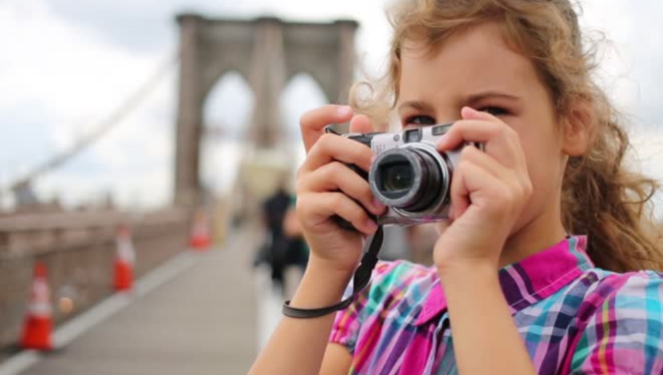 3 Fun Photo Scavenger Hunt Ideas (For Adults & Kids)
