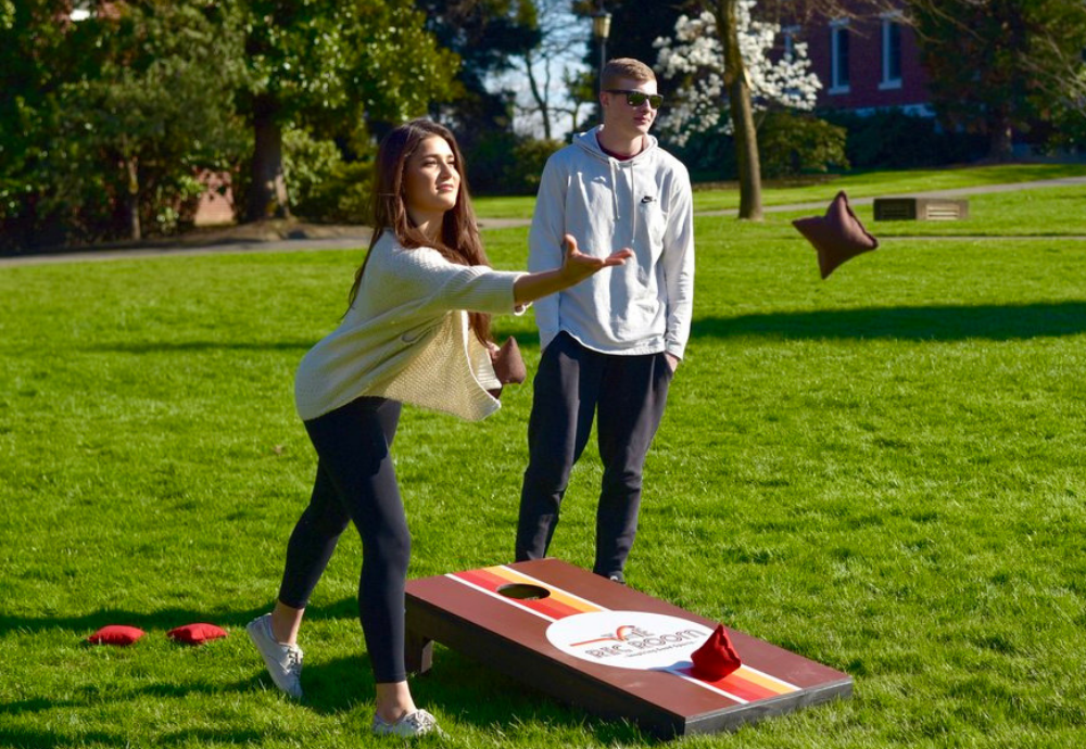 Scoring the Cornhole Pitches