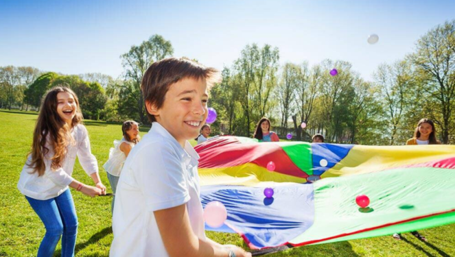 23 Fun Parachute Games For Kids & Kindergarteners